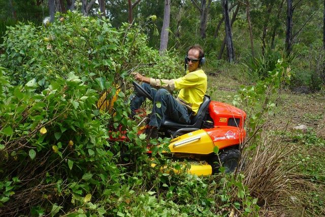 CanyCom Mower. The Best Compact High Weed Brush Mower We Have Found