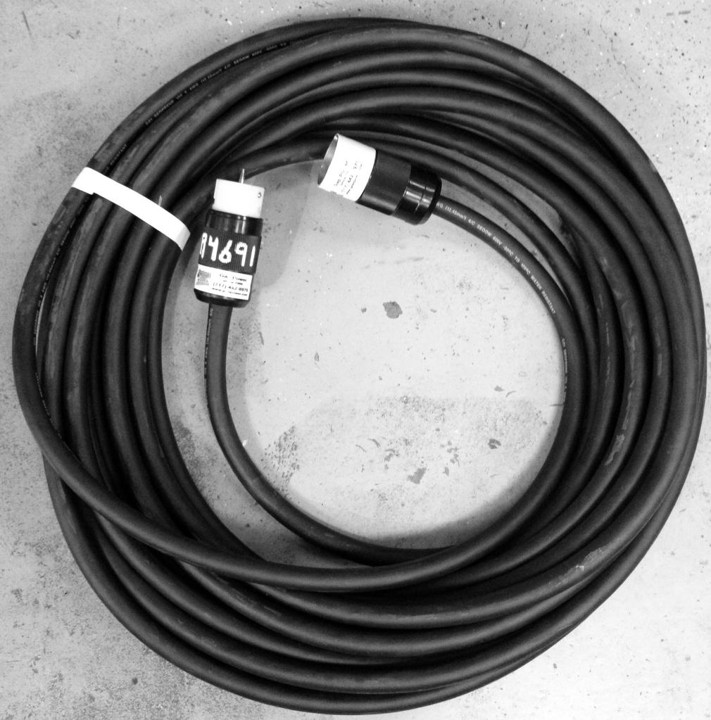 Extension Cord - 6 Guage, 100FT, 4 Wire, 240V, 50A
