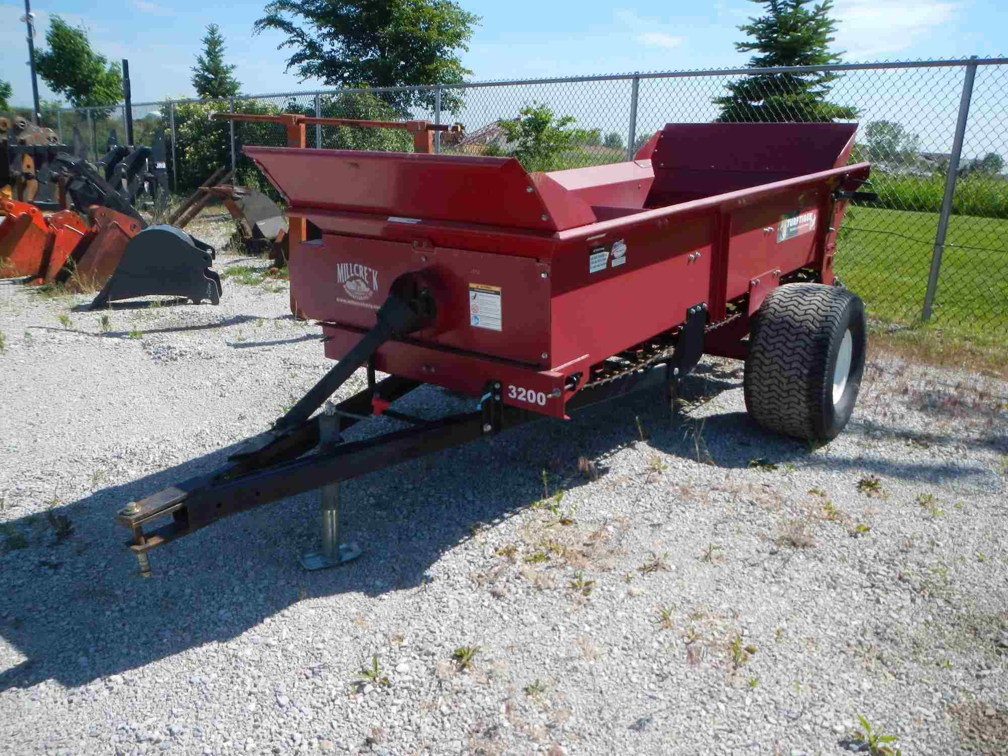 Rent Tractor Attachment 2.3yd PTO Top Dresser 2